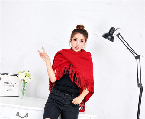 Loose Fitting Poncho Cape Shawl with Stylish Horn Buttons