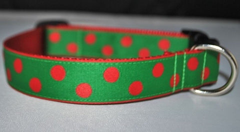 Christmas Dots - Red on Green