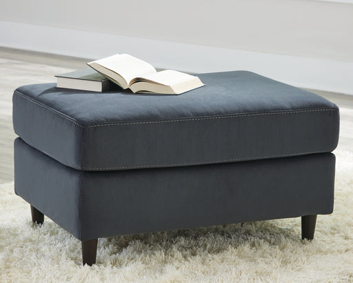 Kennewick Signature Design by Ashley Ottoman image