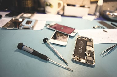 6 Most Common Issues Where Iphone Repair Services Can Help