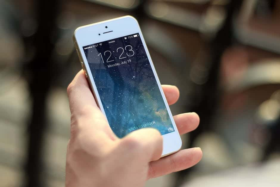 Why is Professional Touch So Necessary for iPhone Repair Service?