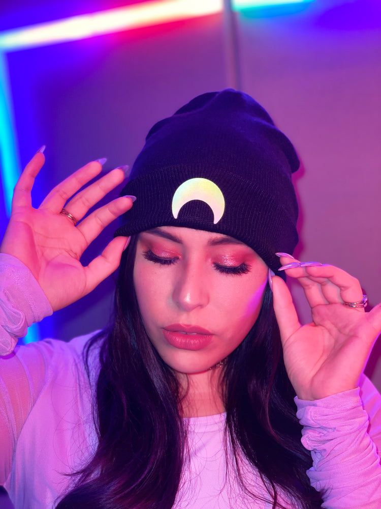 Load image into Gallery viewer, Crescent Moon Reflective Beanie