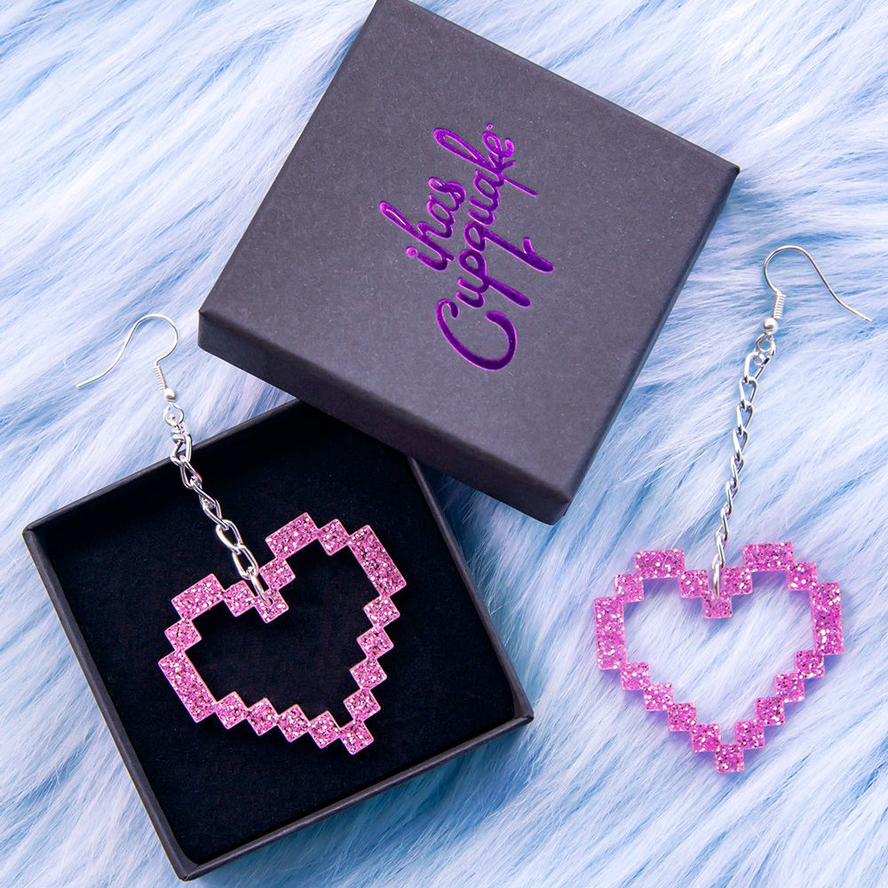Load image into Gallery viewer, Piece of My Heart Earrings