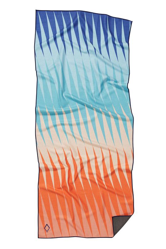 NOMADIX HEATWAVE RED BLUE TOWEL