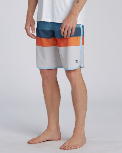 Billabong 73 Stripe Pro Boardshorts