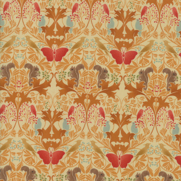 VOYSEY 2018 7322 16 Amber Damask V and A Museum Moda