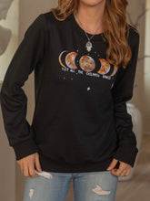 Load image into Gallery viewer, Printed Long Sleeve Sweatshirt