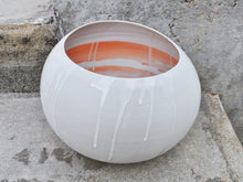 Load image into Gallery viewer, Rocking Bowl in White&Orange - Gerbi Tsesarskaia