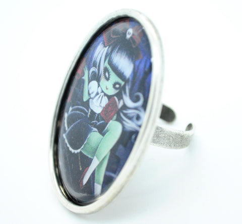 """Green Girl""  Knockout Ring"