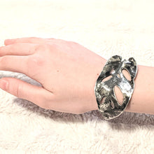 "Load image into Gallery viewer, ""VARIEGATED PHILODENDRON"" BRACELET - BOTANICAL REALISM"