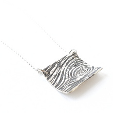 Load image into Gallery viewer, ACID ETCHED WOOD GRAIN NECKLACE
