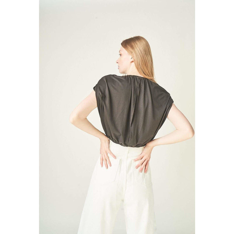 H Apparel tops Padded, open back top.