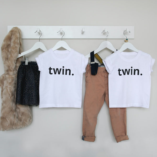 twin-tee-shirts-set