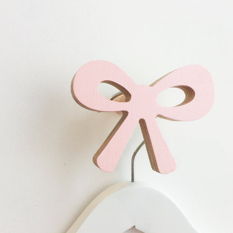 Knobbly Wall Hook Ribbon Bow