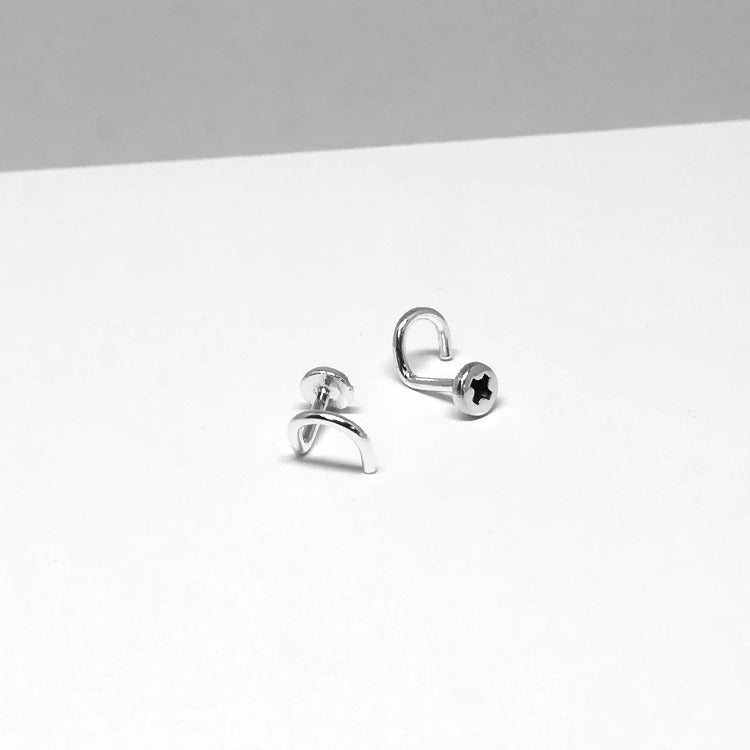 Tiny Screw Nose Stud