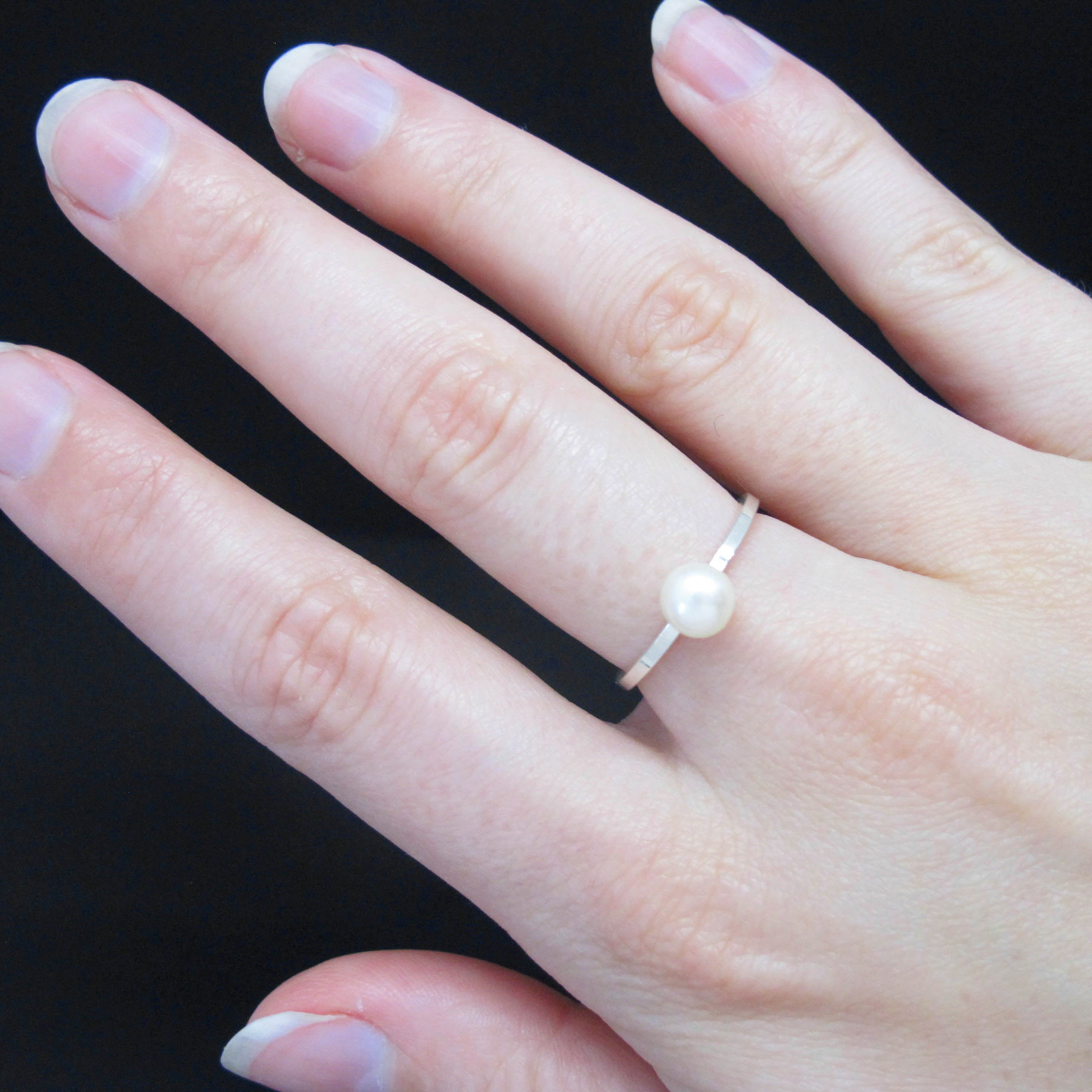 Pearl Solitaire Silver Ring