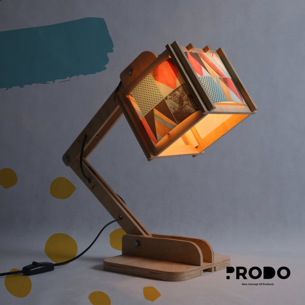 Robot Desk Lamp - Triangles Pattern