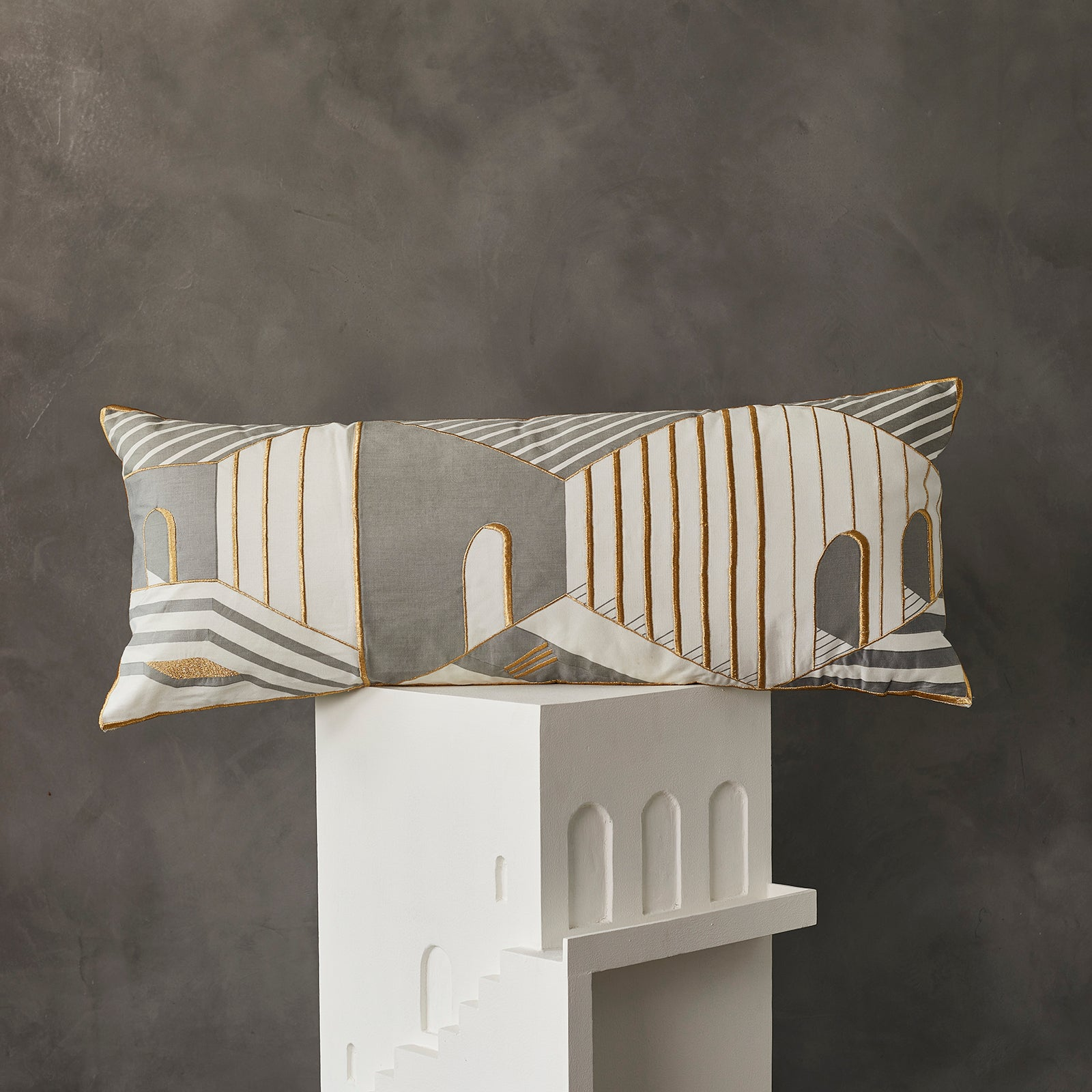 2 Faced Cushion - Grey Streetscape