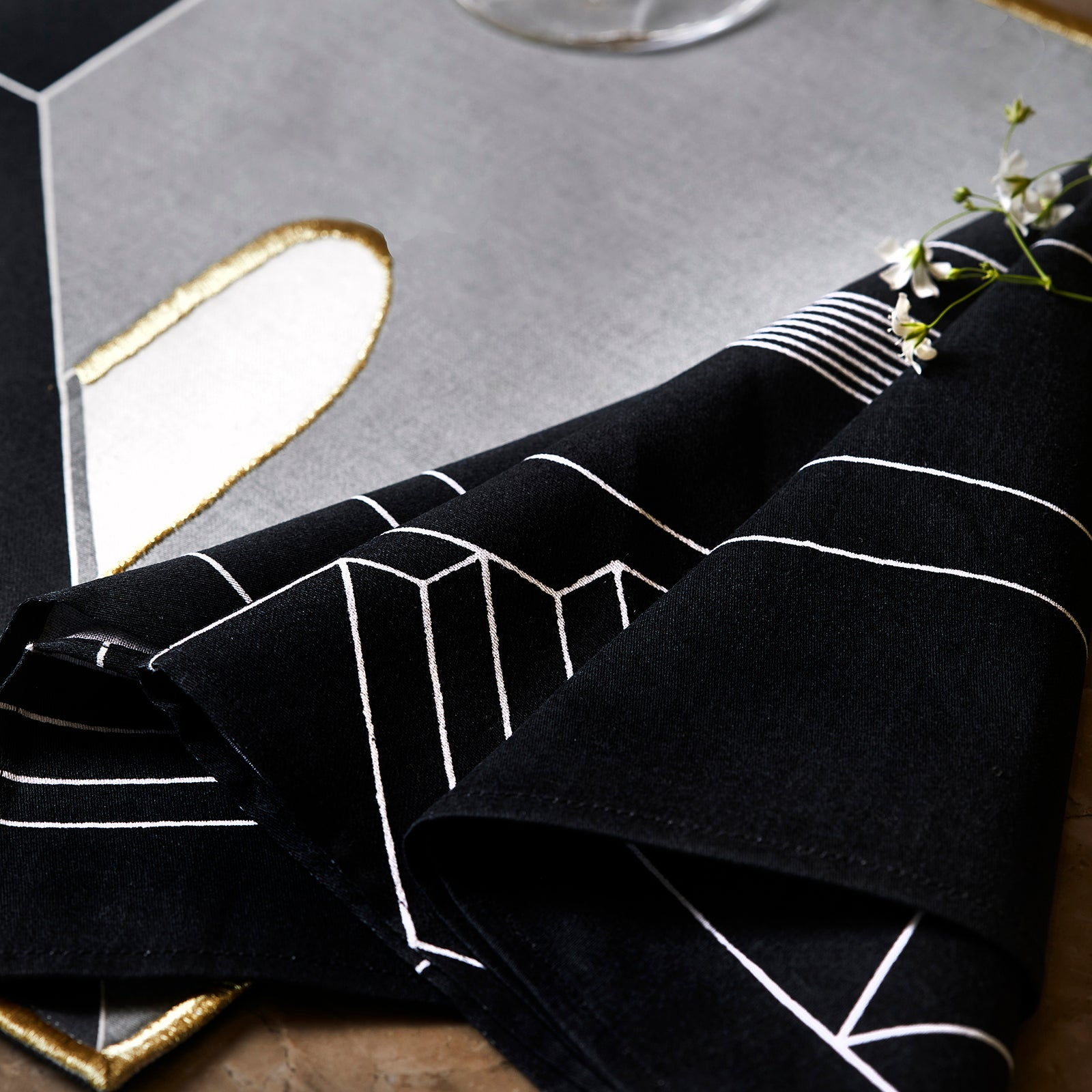 City Blocks Napkins- Black