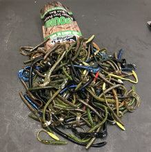 Load image into Gallery viewer, 1LB Bulk Bait Bag: Worm