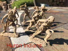 Load image into Gallery viewer, Huron Indian Figure Set (LOD028)