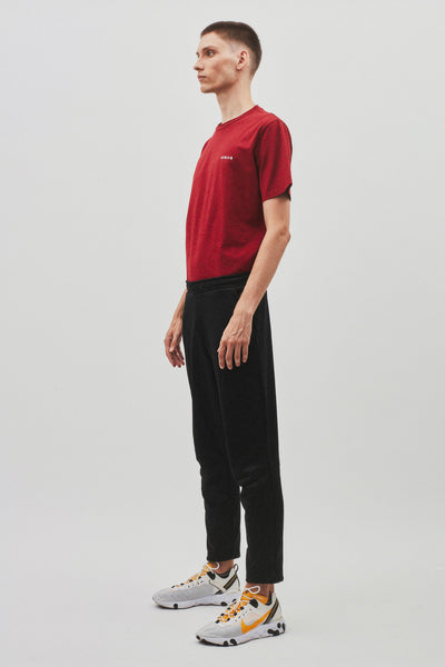 Avnier-Source-Tshirt-vertical-rouge-silhouette