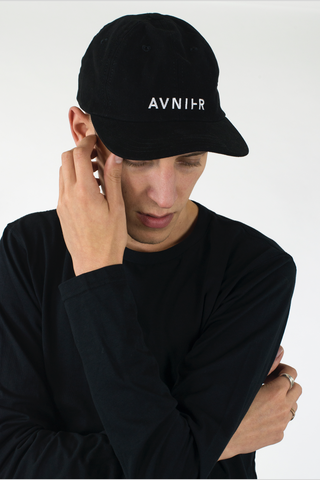 AVNIER - 6 panels black cap