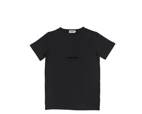 Centered tee