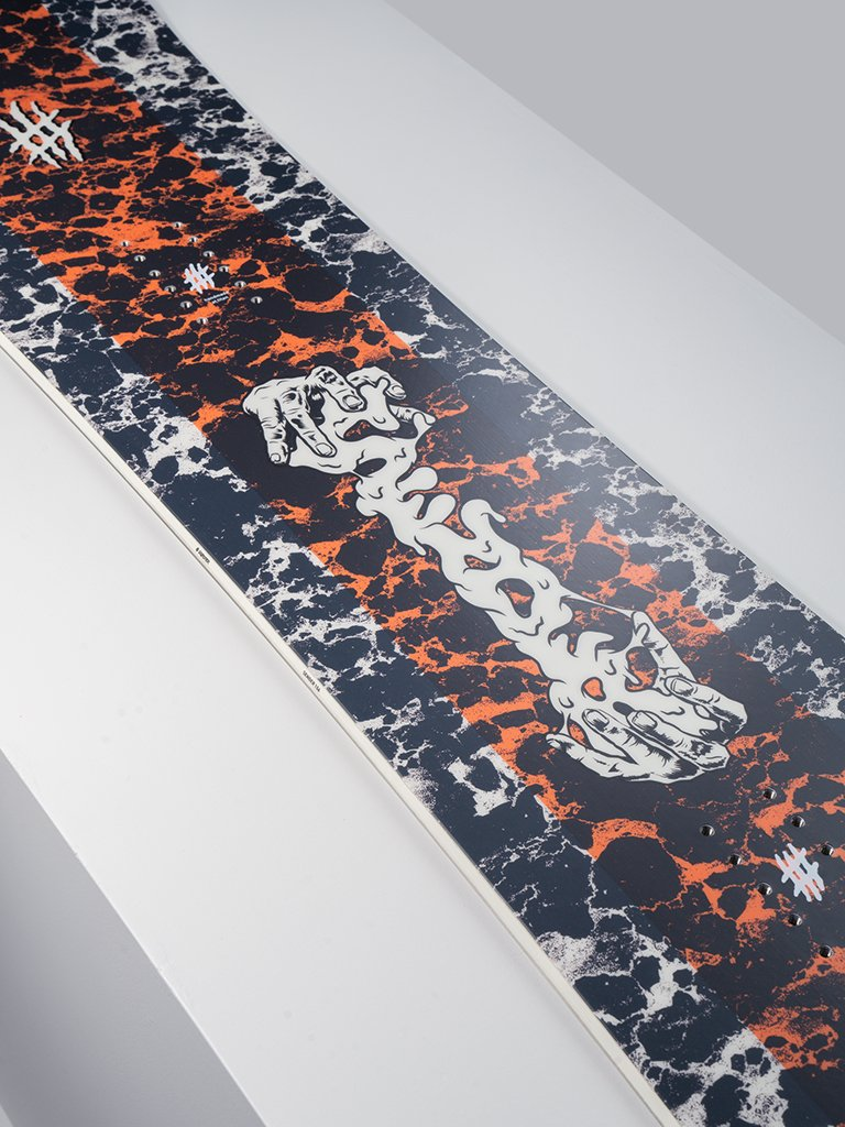 Lobster Sender Snowboard All mountain Detail shot center 2020 2021 collection lobster snowboards