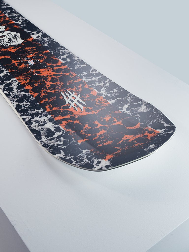 Lobster Sender Snowboard All mountain Detail shot 2020 2021 collection lobster snowboards