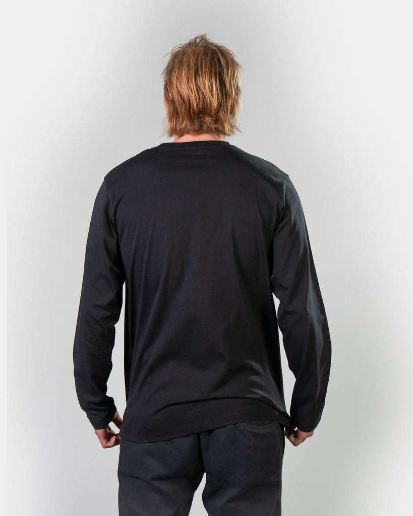 Longsleeve product photo in a studio