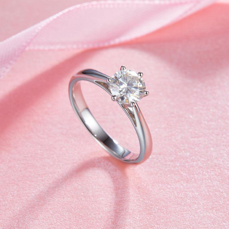 1 Carat Moissanite Diamond Classic 6 Claws Engagement 925 Sterling Silver Ring M