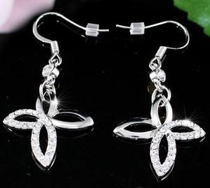 Dangle Butterfly Earrings use Austrian Crystal XE272