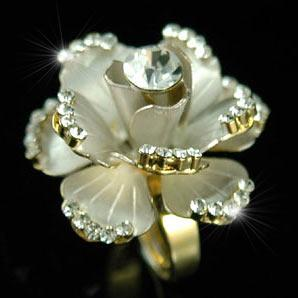 3D Rose Flower Gold Ring use Austrian Crystal XR061