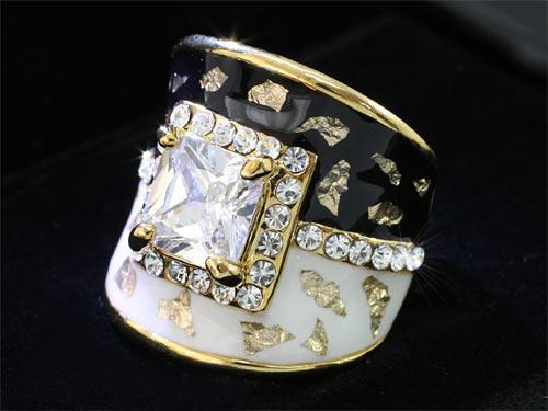 1.5 Carat Vintage Style Ring XR172