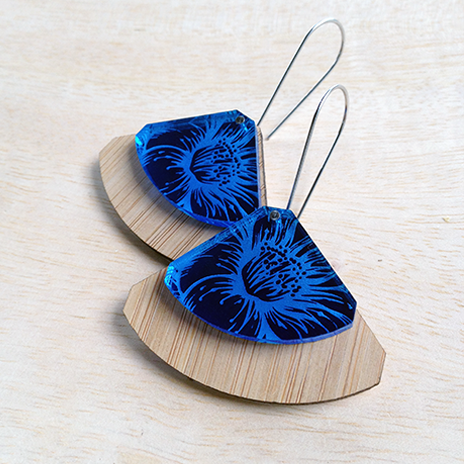 Floral Etched Fan (blue or green)