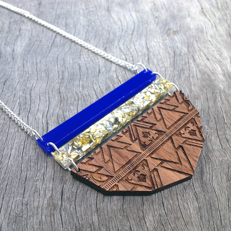 Geometrical Floral Necklace