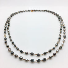 Load image into Gallery viewer, Tahitian Black Pearl Keshi Mala