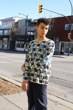 Load image into Gallery viewer, Zig Zag Sweater