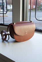 Load image into Gallery viewer, Genève Bag - Chestnut