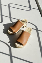 Load image into Gallery viewer, Daria Clog Sandal