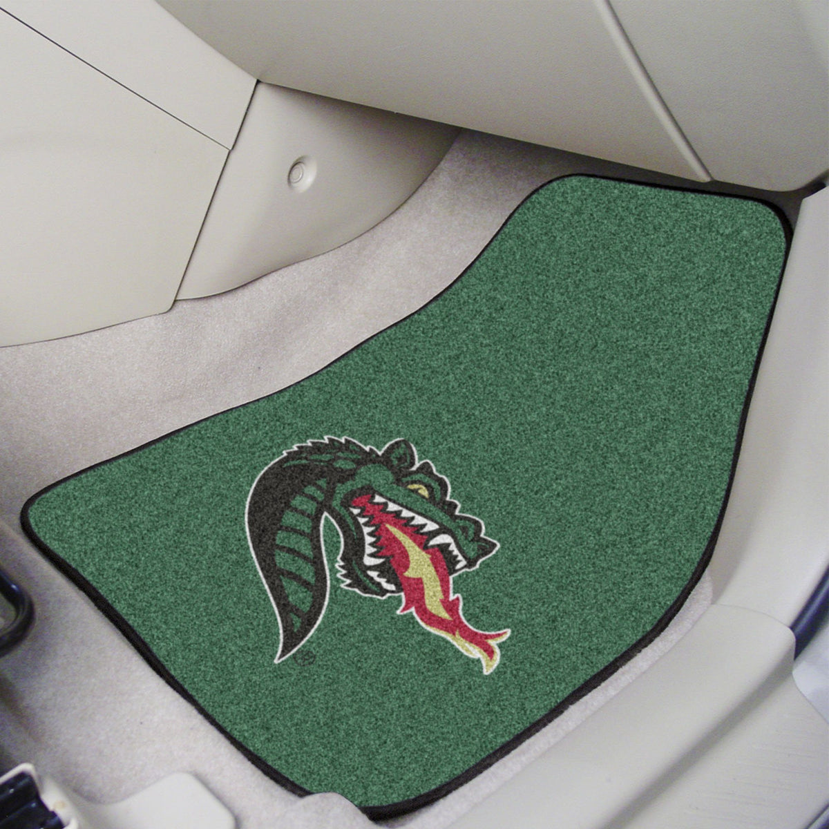 Collegiate - Carpet Car Mat, 2-Piece Set: T - Z Collegiate Car Mat, Front Car Mats, 2-pc Carpet Car Mat Set, Collegiate, Auto Fan Mats UAB