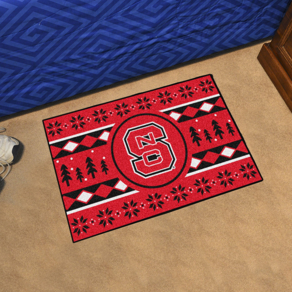 Collegiate - Holiday Sweater Starter Mat Collegiate Mats, Rectangular Mats, Holiday Sweater Starter Mat, Collegiate, Home Fan Mats NC State