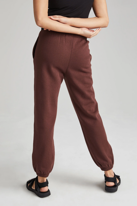 Recycled Fleece Sweatpant in Truffle