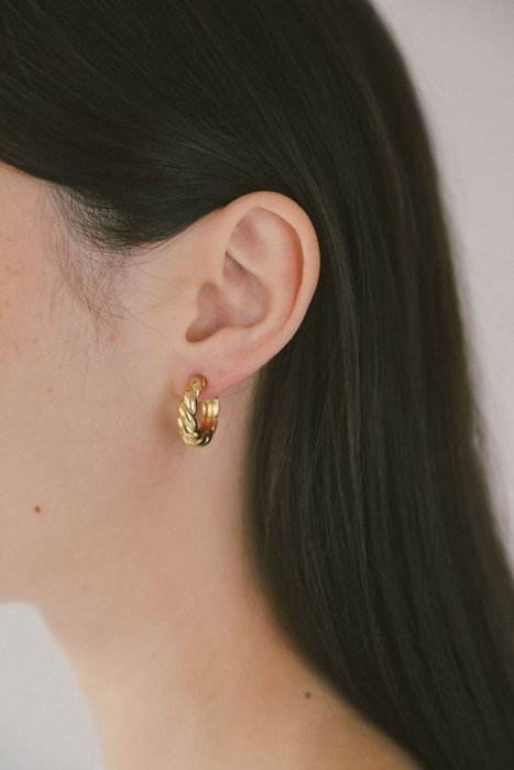 Sadie Hoops in Gold
