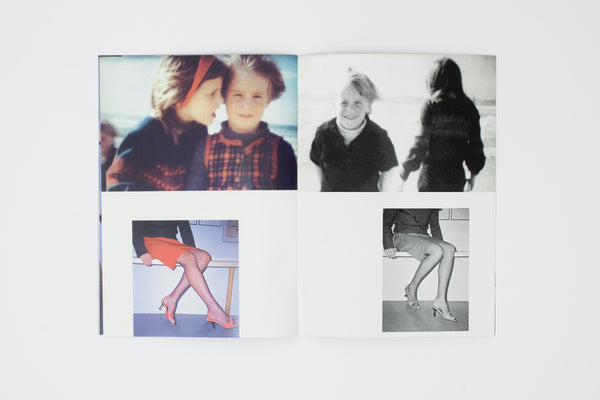 Cahier d'images 3. Rouge.  - Hans Peter Feldmann and Celine Duval