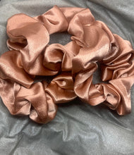 Load image into Gallery viewer, Maxi Satin Scrunchie (3-pack)