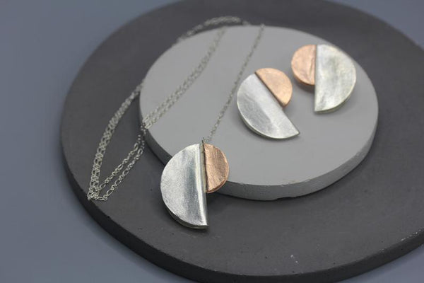 "Long necklace with ""Bauhaus"" inspired pendant in silver or rose gold"