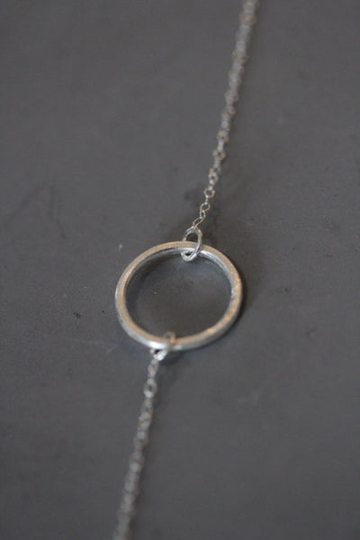 Circle bracelet in silver or rose gold finish