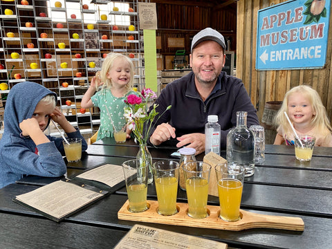 Lunch at Willie Smiths Apple Shed Tasmania